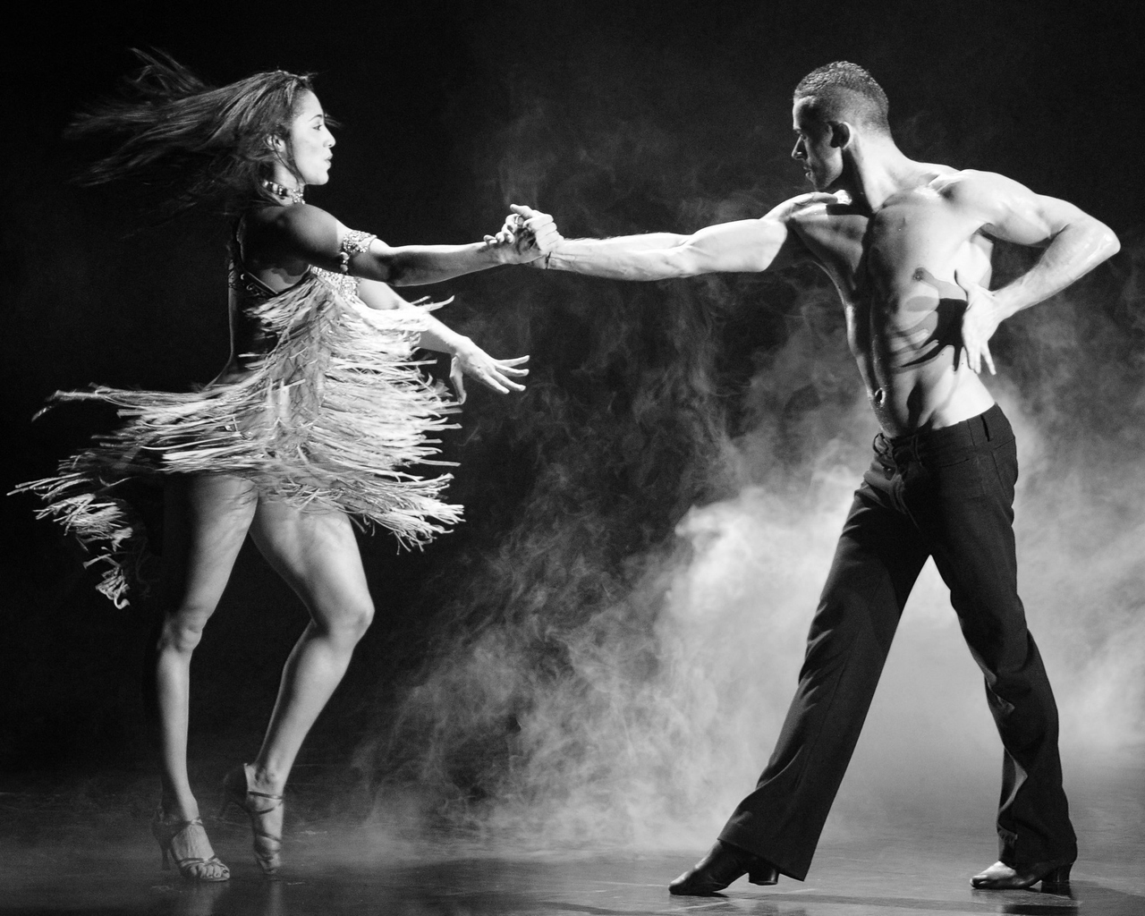dating salsa dancer Best salsa dancers in the world just my own personal top ten countdown of who i think are the best dancers in the salsa scene don't agree tell us who you think are the best in the comments.